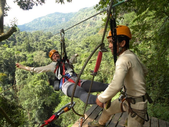 Tree Top Explorer Laos - buttarsi nel vuoto