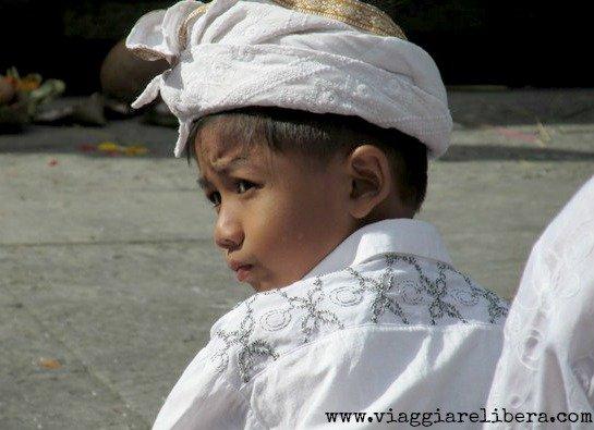 bambino indù