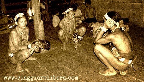 cerimonia animista mentawai Indonesia