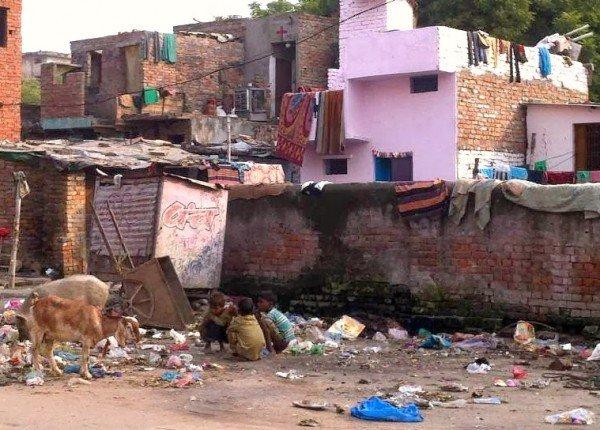 strade di Varanasi modidy
