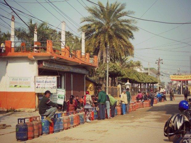 gas-fila-Nepal-embargo