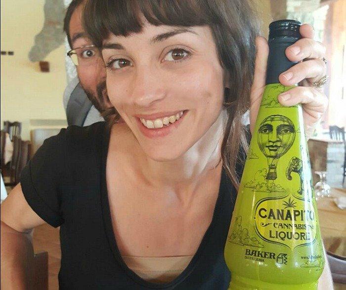 Liquore alla canapa 2