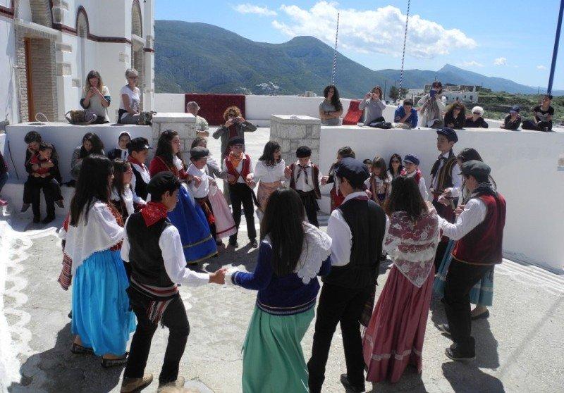 danze-popolari-amorgos-grecia