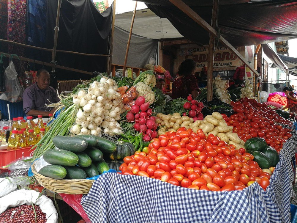 verdura mercato Guatemala-min