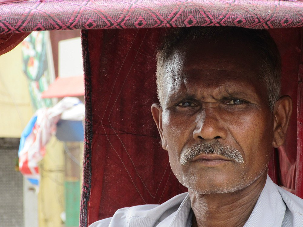 Guidatore di risciò India