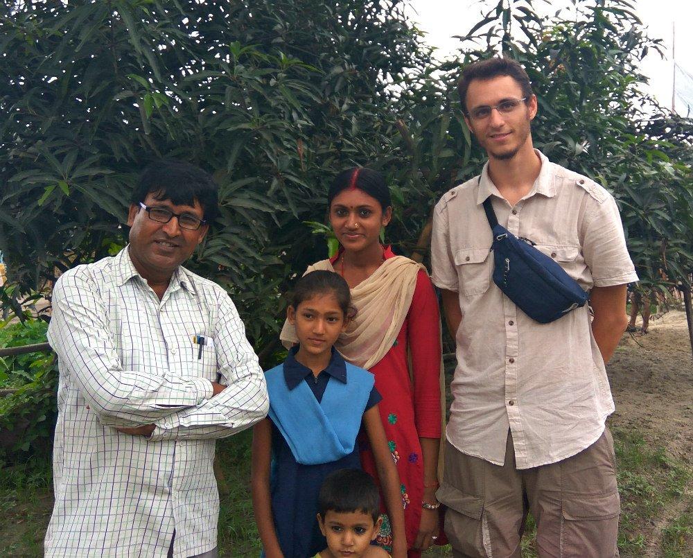 Silvio Grocchetti e famiglia indiana