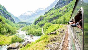 Viaggiare sul treno della Flamsbana treno Norvegia
